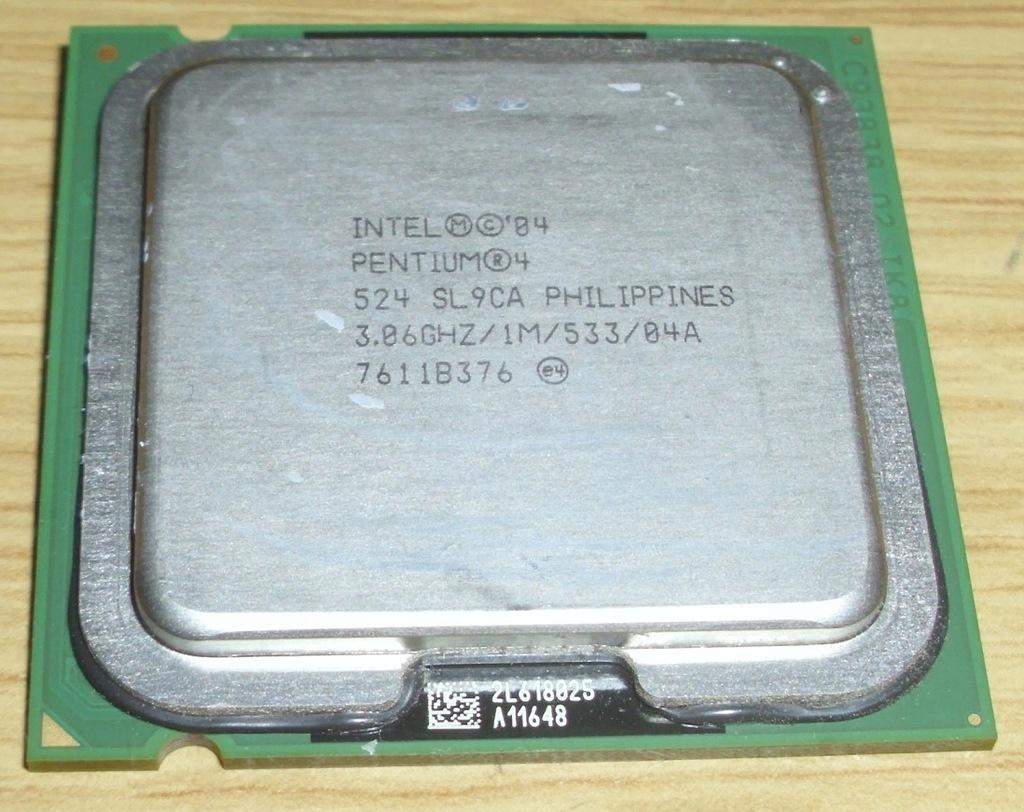 procesor Pentium 4 524 HT 3,06GhZ/1M/533/04A SL9CA