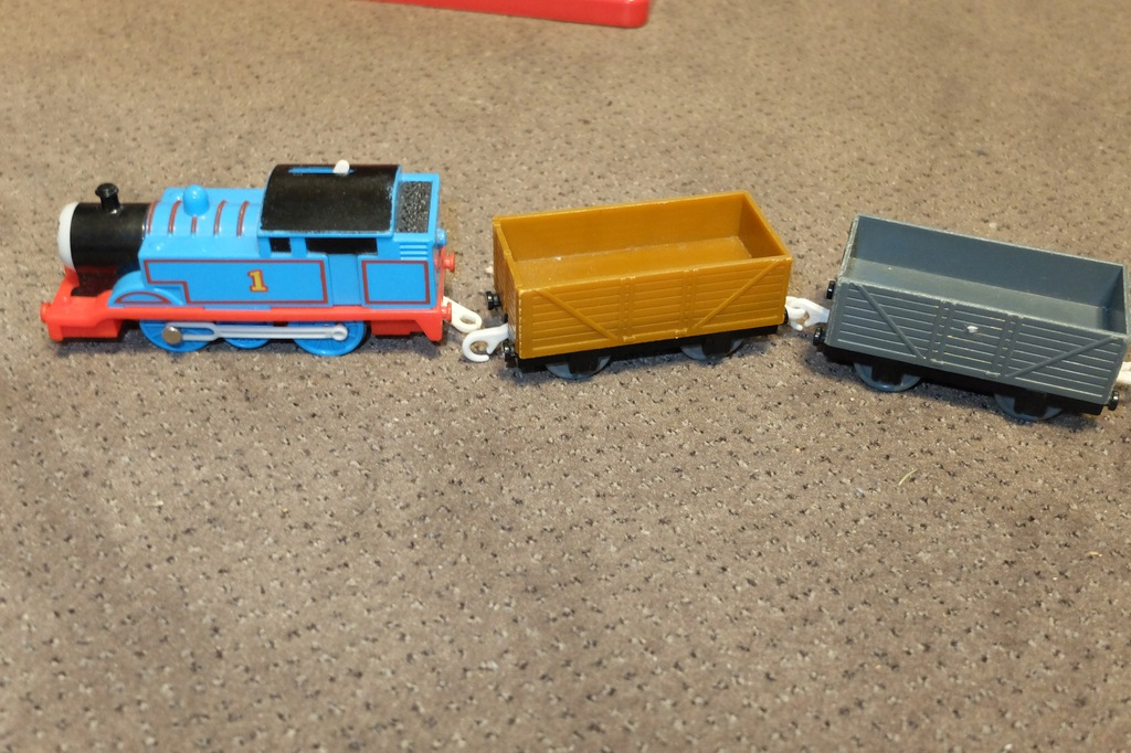 Tomek i przyjaciele . Tomek i 2 wagony