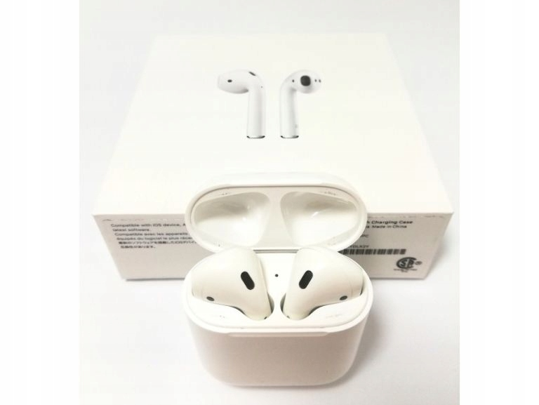 APPLE AIR PODS A2032 KOMPLET