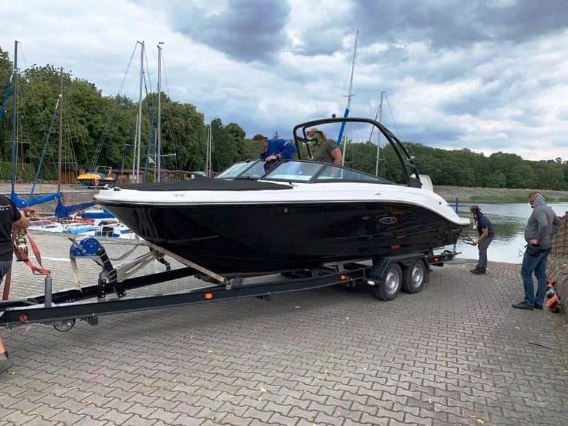 Sea Ray 230 SPXE 2019, niski przebieg, cesja,300KM