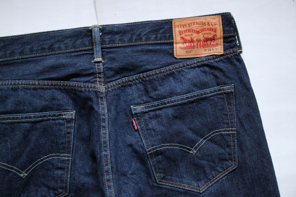LEVIS 501__W36 L34 REGULAR STRAIGHT JEANS__36/34