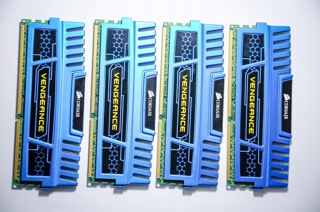 Pamięć RAM Corsair DDR3 16 GB 1600