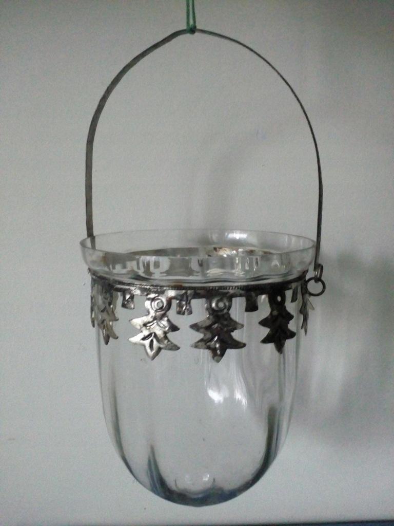 Stary wiszący szklany kaganek (osłonka)