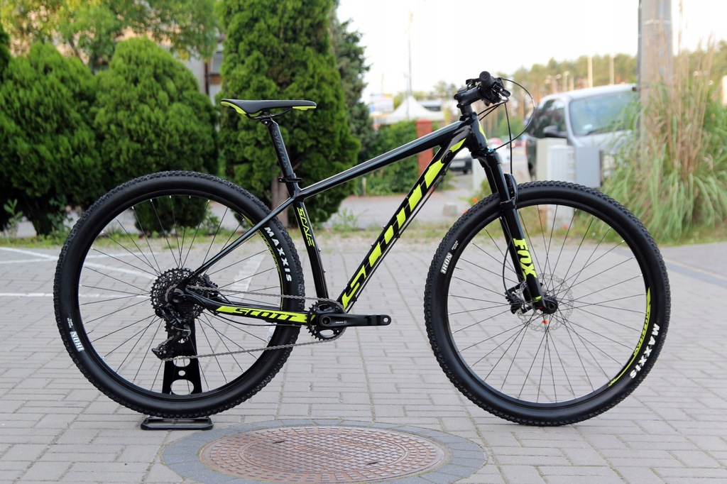 NOWY SCOTT SCALE 950 29'' ROZ. M