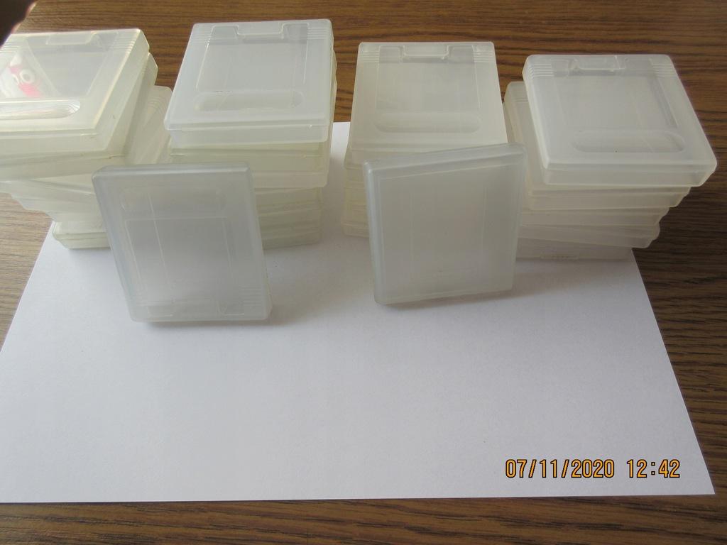 Pudełka / Case / Box na gry Game Boy / Oryginalne
