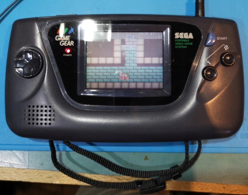 Sega Game Gear + WWF