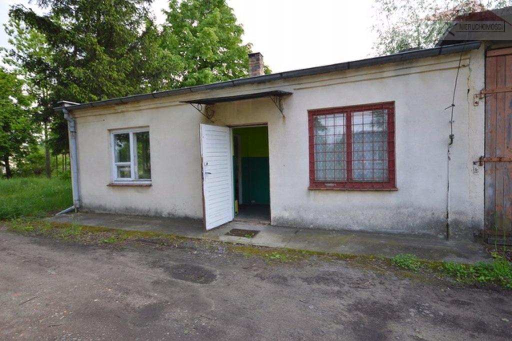 Magazyny i hale, Jarosław (gm.), 2963 m²