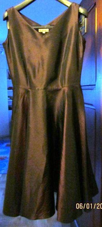 Piękna śliwkowa sukienka rozmiar 36