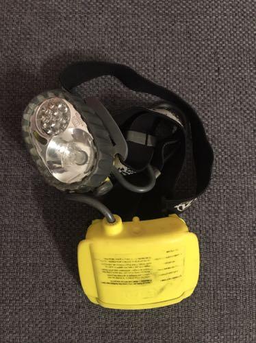Czołówka Petzl DUO 14 led 1 halogen sprawna