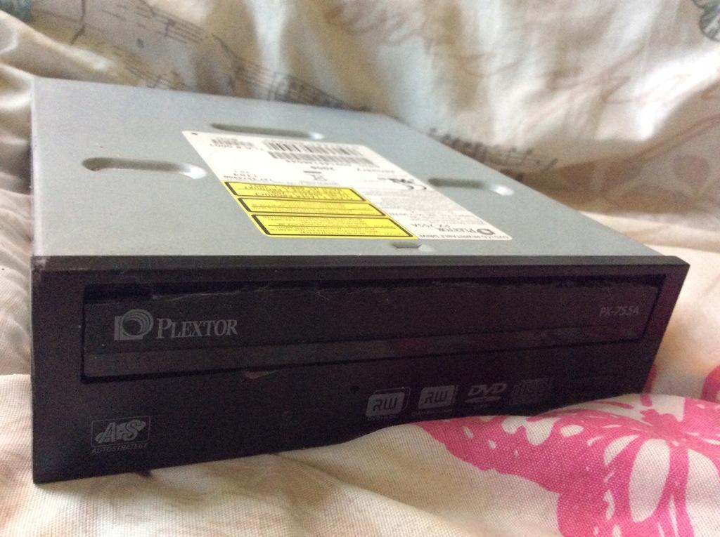 UNIKAT - PLEXTOR PX-755A (ATA PATA IDE)