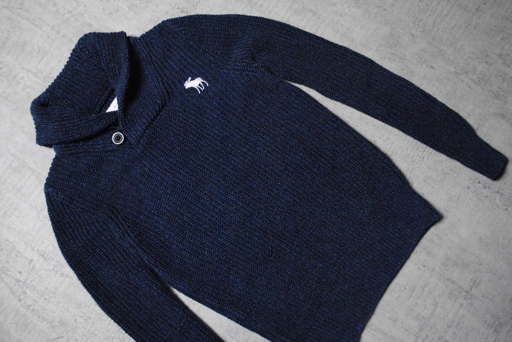 ABERCROMBIE & FITCH__granatowy sweter__logo__S