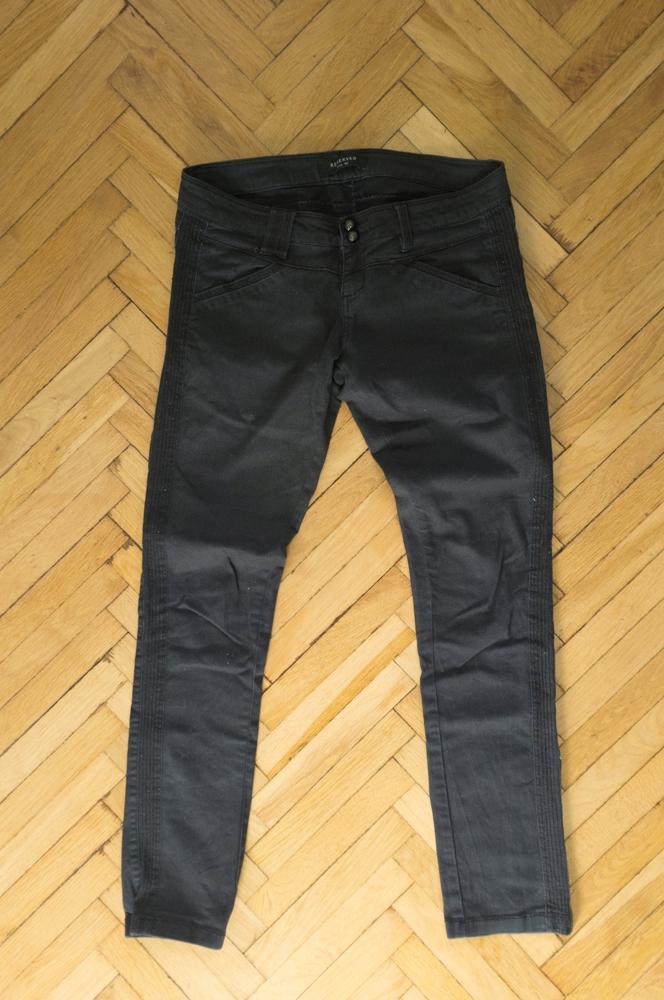 RESERVED * spodnie * czarne 7677555533 oficjalne