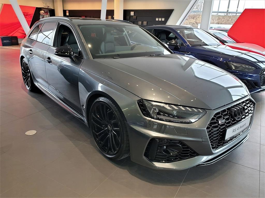 Audi RS4 Audi RS4 tiptronic - LED Matrix, System B
