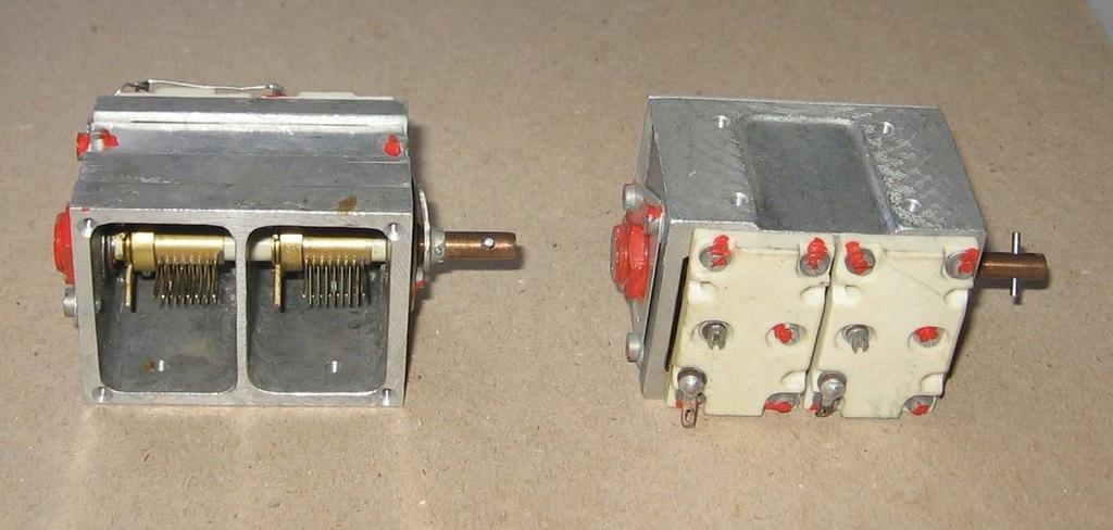 Kondensator, agregat 2 x 40 pF