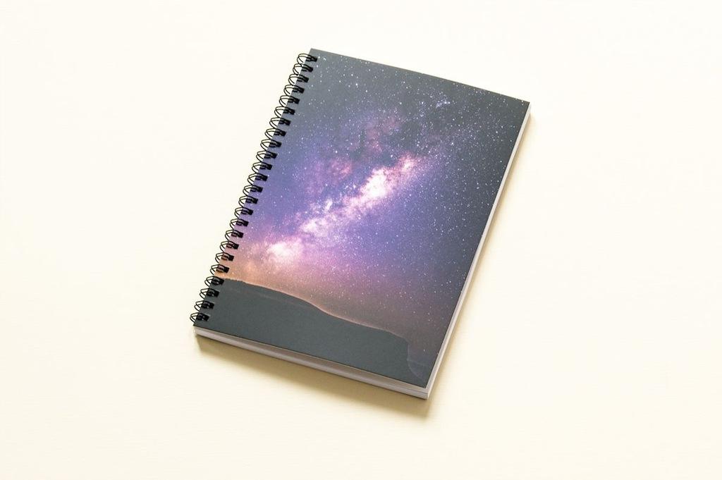 """Notes z kartkami w kropki - """"Nocne niebo"""