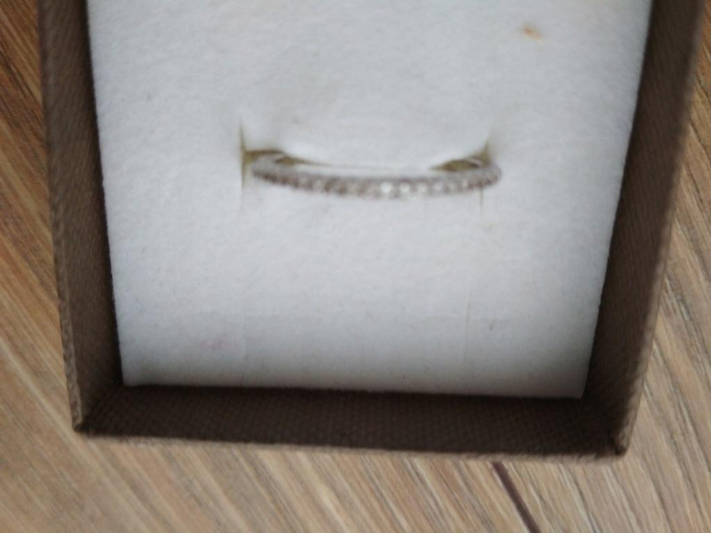 pierścionek srebrny z apartu rozmiar 13