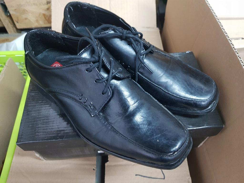 Pantofle męskie chłopięce 36 komunia BADOXX