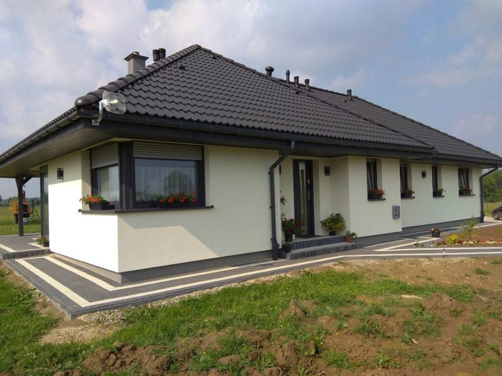Dom Trzebnica Trzebnicki 130 00 M 8493440778 Oficjalne Archiwum Allegro