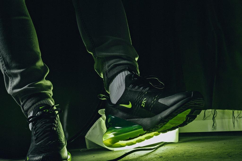 Nike Air Max 270 AH8050 017 czarne rozmiar 44