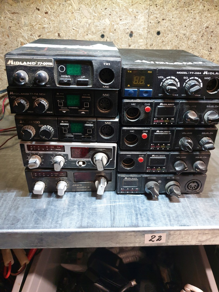 CB radia starszego typu po firmie