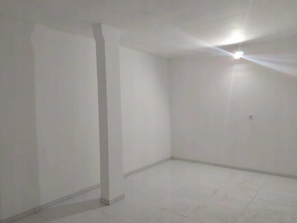 Komercyjne, Żagań, Żagański (pow.), 180 m²