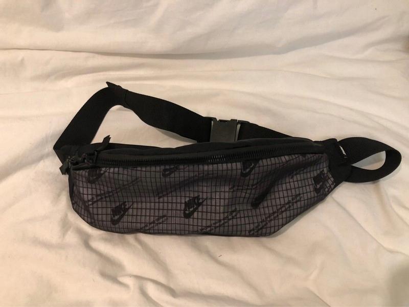 Nike nowa saszetka/nerka - waistbag/shoulderbag