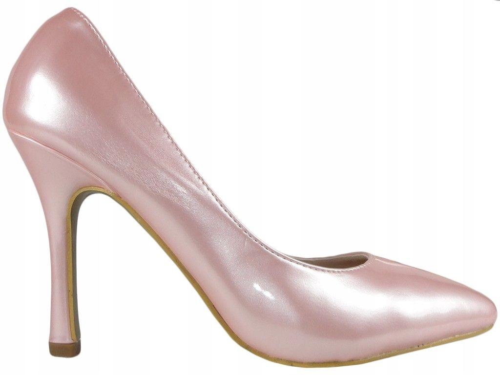 Jasno różowe szpilki perłowe lakierowane 36
