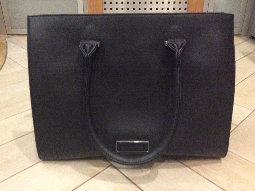 Modna czarna torba damska RESERVED! Jak nowa!