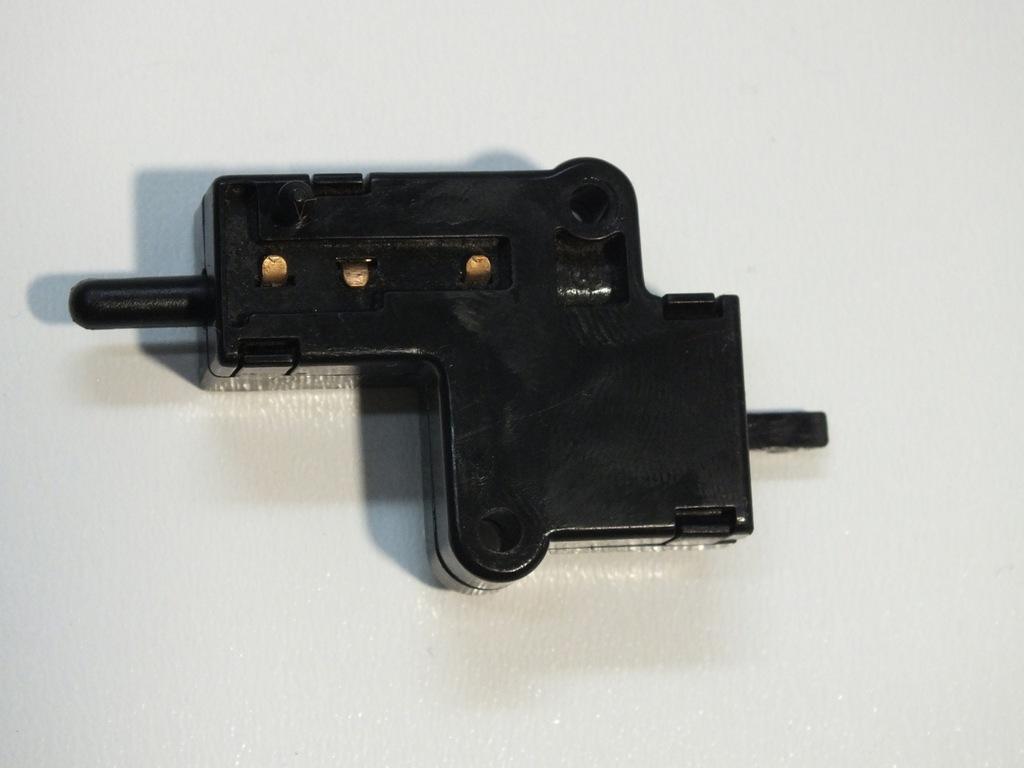 CZUJNIK SPRZĘGŁA KAWASAKI ZX6R ZX9R ZX10R 03-12