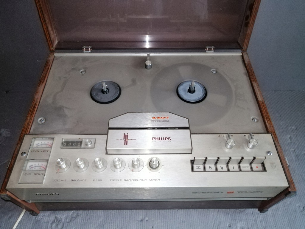 Magnetofon szpulowy 4 Track Philips Stereo 4407