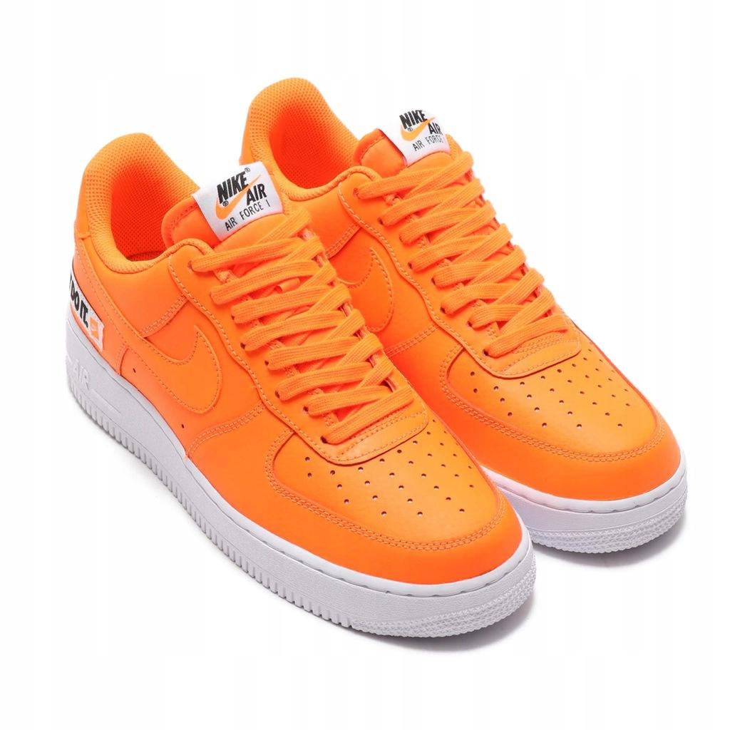 Air Force 1 '07 LV8 Total Orange BQ5360 800 48,5