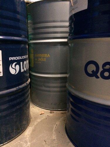 Metalowe/ stalowe beczki beczka 200L bańka/olej