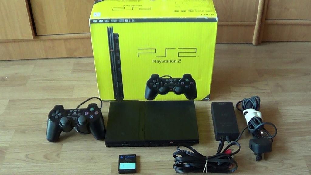 PlayStation 2 SCPH-70003 +box, karta z Free McBoot