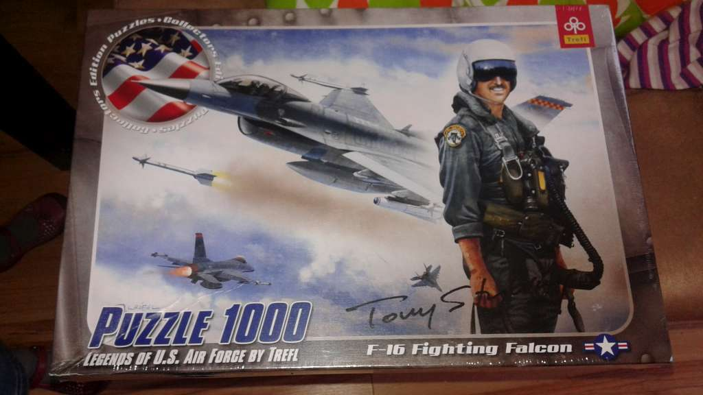 Puzzle Trefl 1000 el. F 16 samolot myśliwiec
