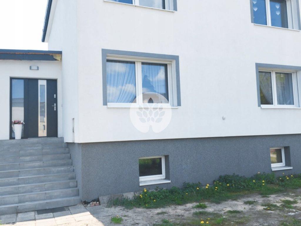 Dom, Łabiszyn, Łabiszyn (gm.), 160 m²