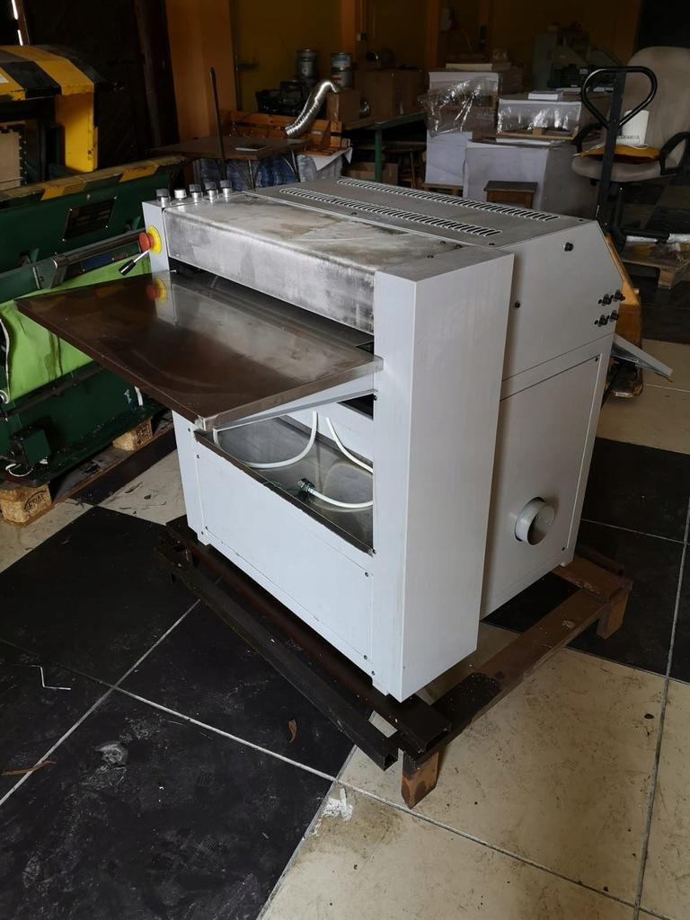 Lakierówka półautomatyczna UV 53