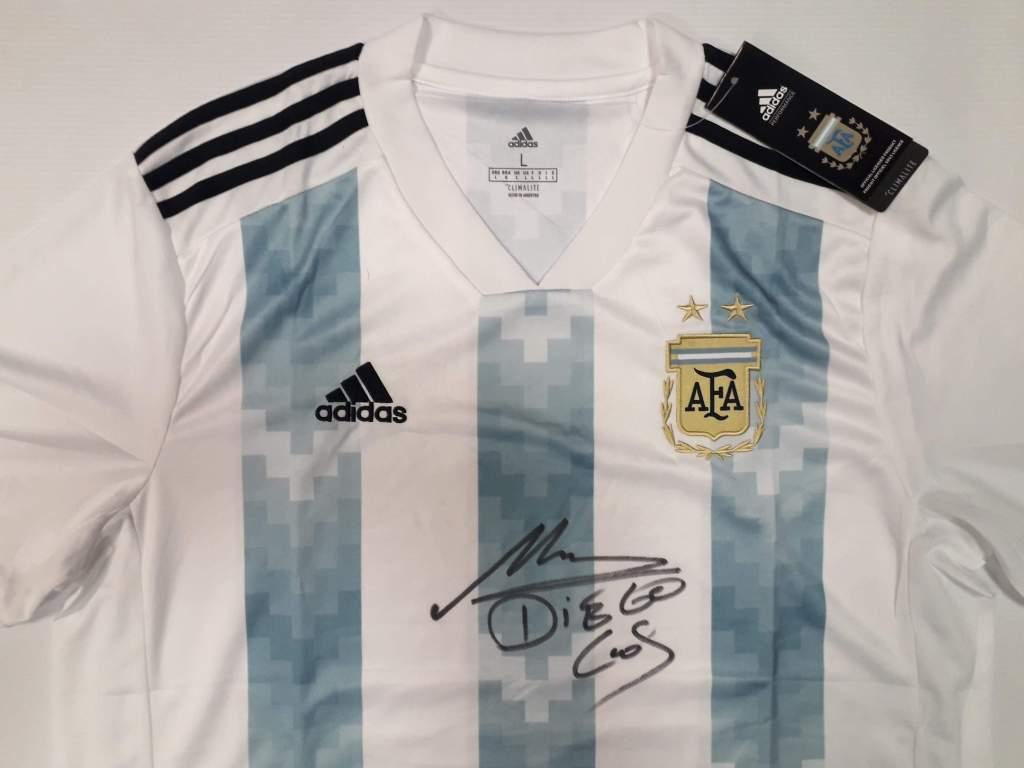 Diego Maradona - koszulka z oryginalnym autografem