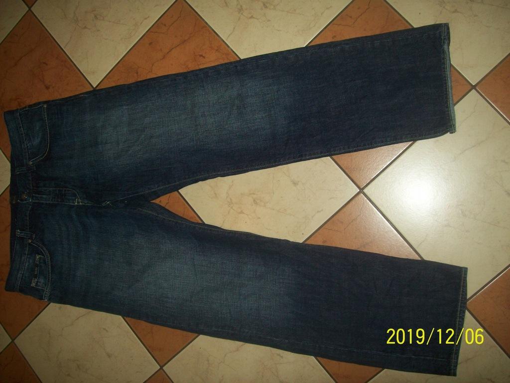 Hugo Boss Regular Fit spodnie jeans W36 L32