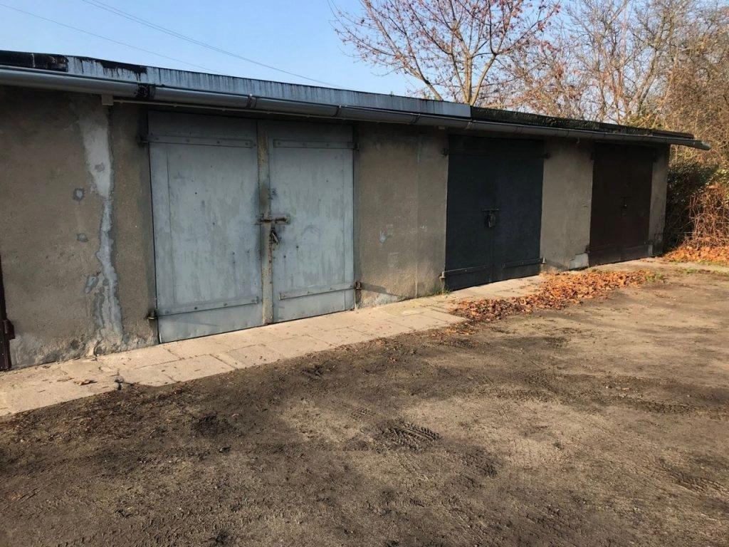 Garaż, Łęczyca, Łęczycki (pow.), 19 m²