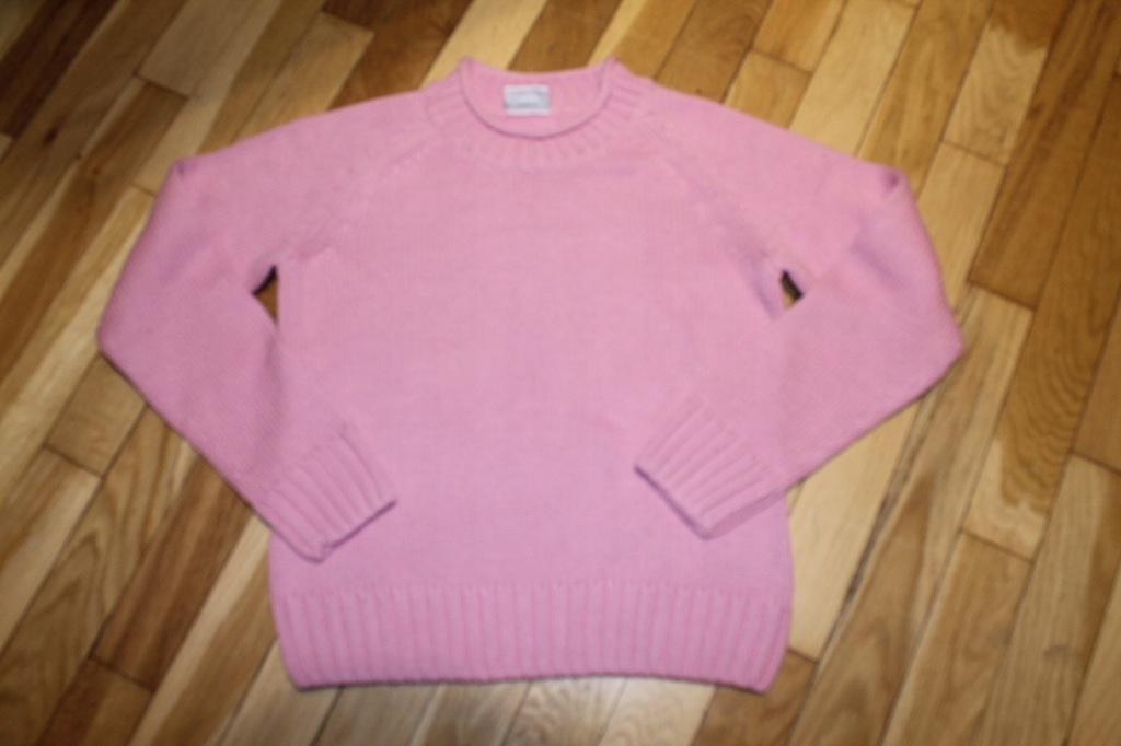 Sweter dziewczęcy r 140-146