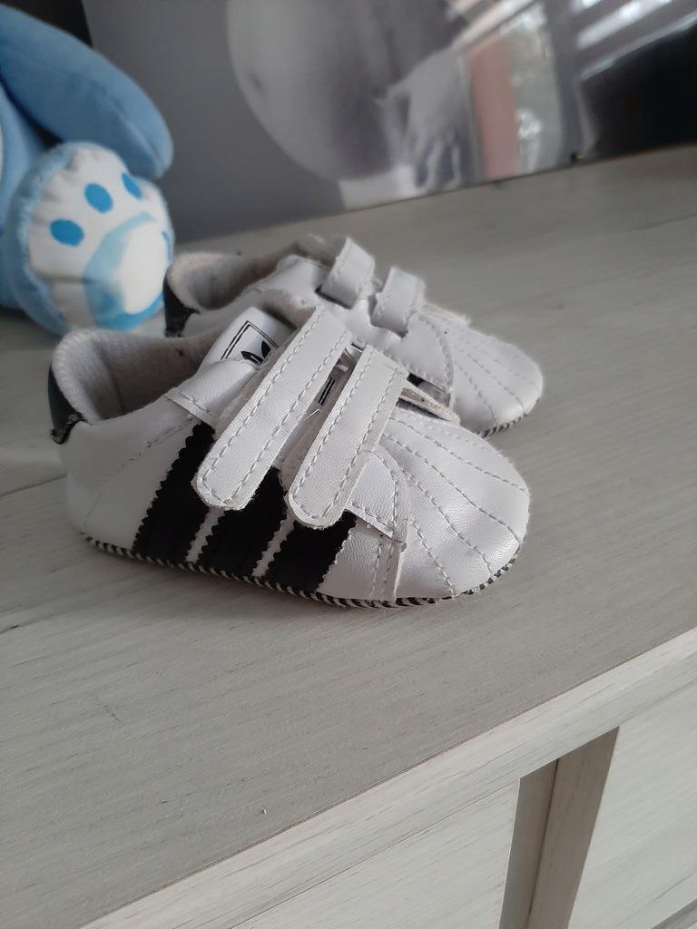 Niechodki niemowlęce Adidas 12cm