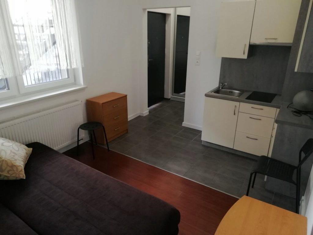 Mieszkanie, Września, Września (gm.), 16 m²