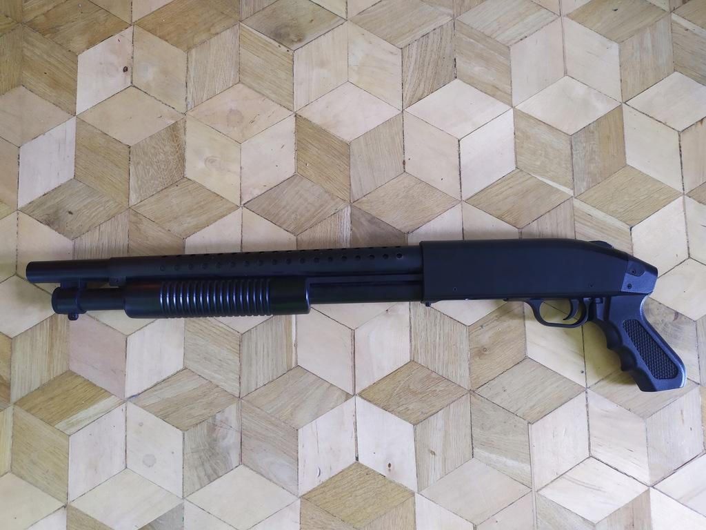 Replika strzelby Mossberg 590 MP003B