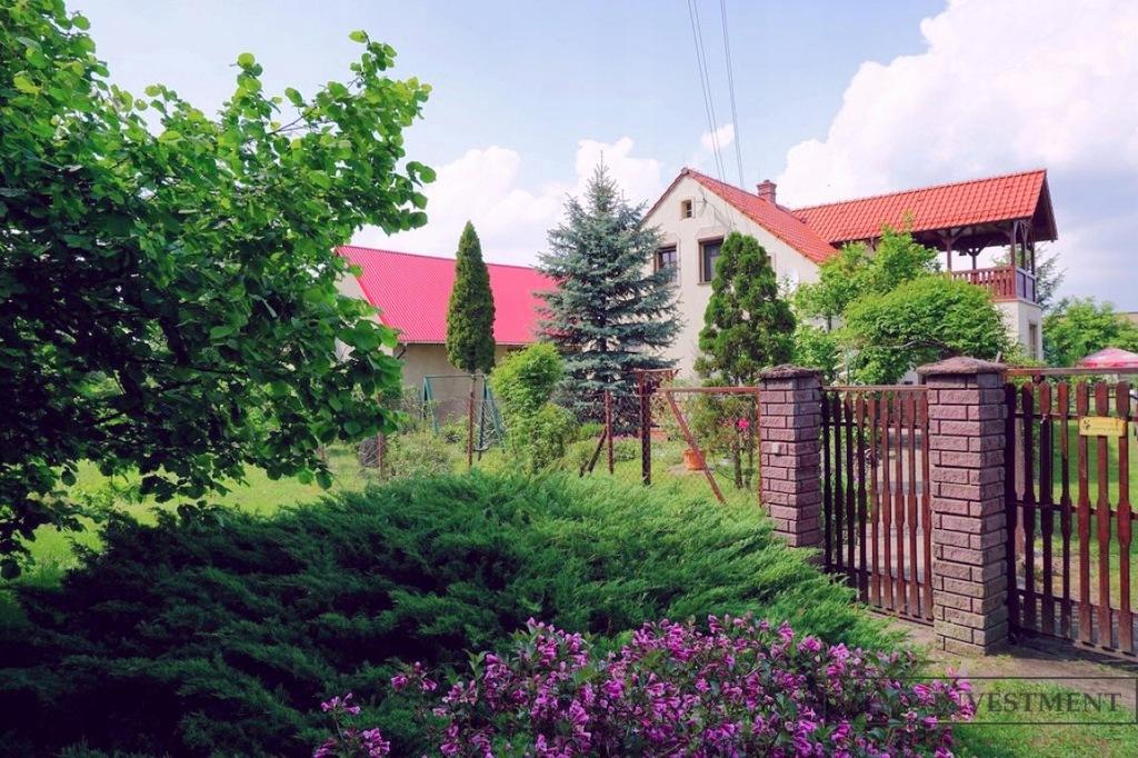 Dom, Posadowice, Bierutów (gm.), 200 m²