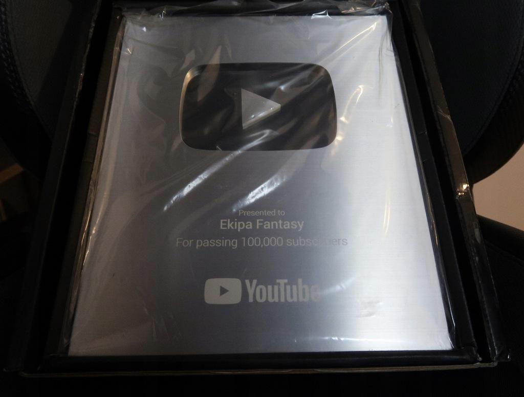Przycisk Youtube 100k Subskrypcji Ekipa Fantasy 8849274641 Oficjalne Archiwum Allegro
