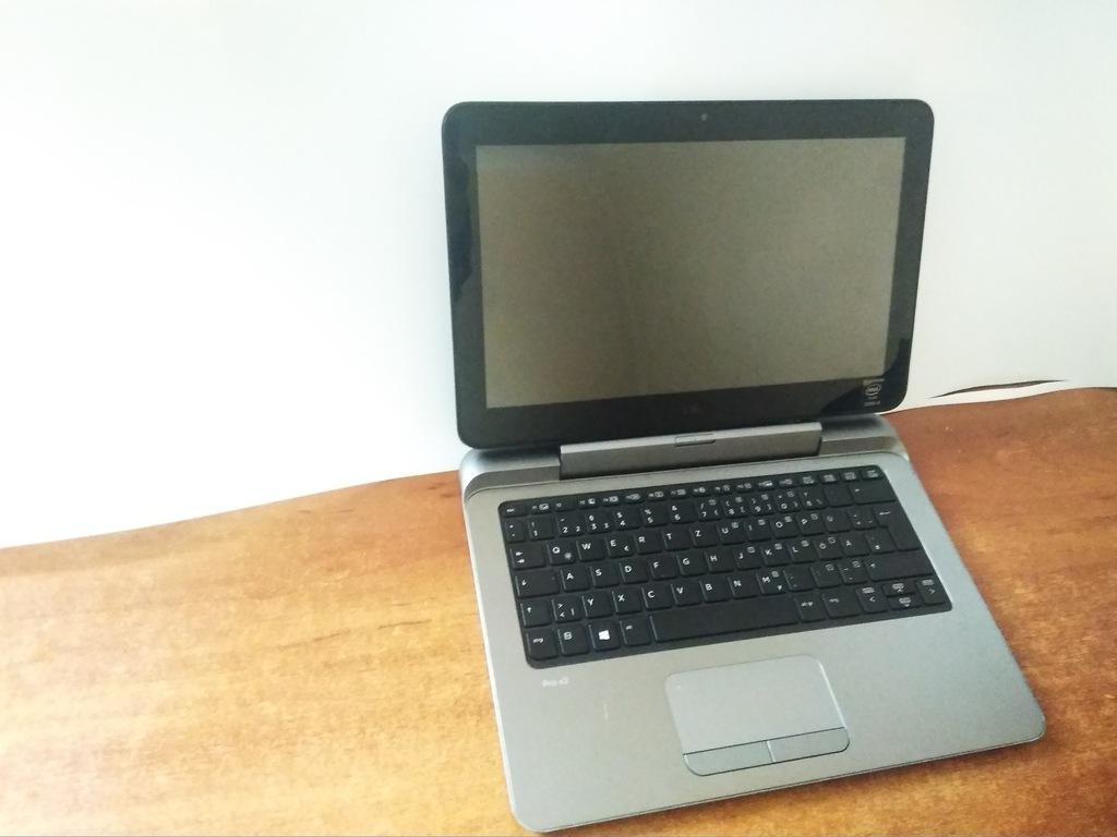 Tablet HP Pro x2 612 G1 czarny, srebrny