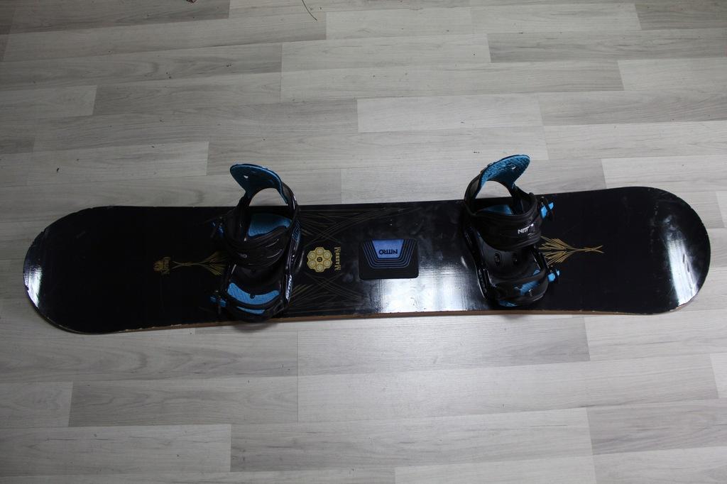 Deska Snowboard NITRO MAGNUM 157 cm + Wiązania NIT