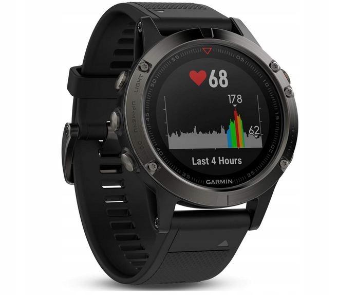 1 Zegarek Garmin Tactix Wodoszczelność: 100 metrów
