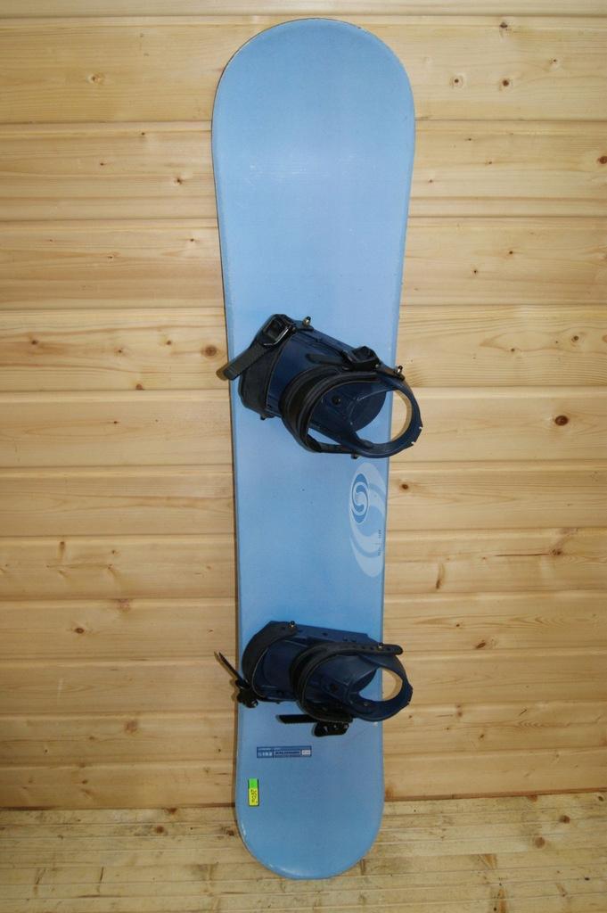 2048 Deska snowboardowa Salomon 152 cm