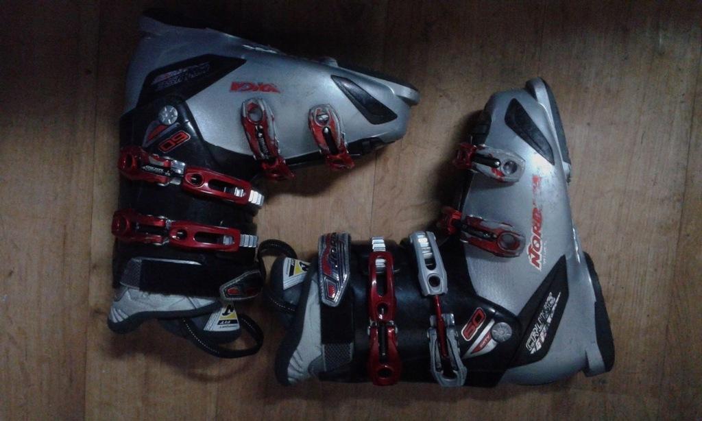 Buty narciarskie NORDICA Cruze 42 wkł.26,5cm 305mm